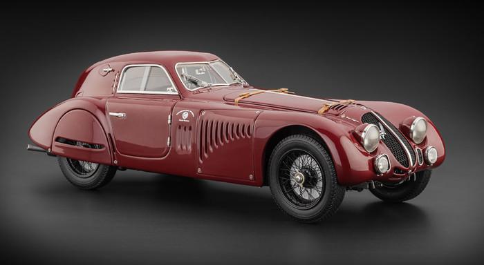 Modellino Alfa Romeo 8c 2900 by CMC: una grande piccola Alfa!