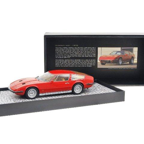 Minichamps Maserati Indy: un'affascinate sportiva italiana in miniatura.