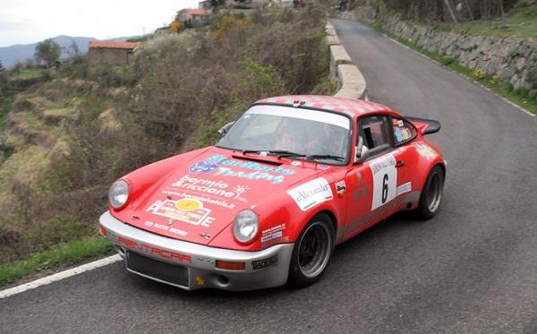 Sanremo Rally Storico 2015: vincono Musti-Granata su Porsche 911 RSR.
