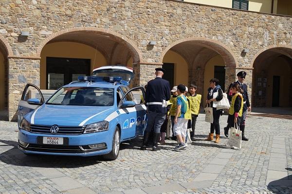 500 Club Italia e Polizia Stradale insieme pe la Settimana dell'educazione stradale.