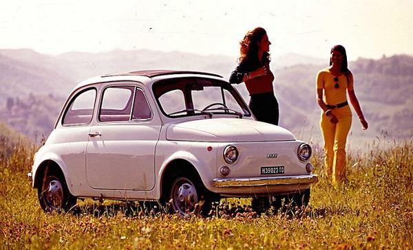 Una mostra rende omaggio alla storia della Fiat 500: tutti a Cherasco.