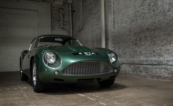 Aston Martin DB4 GT Zagato: all'asta il gioiello inglese.