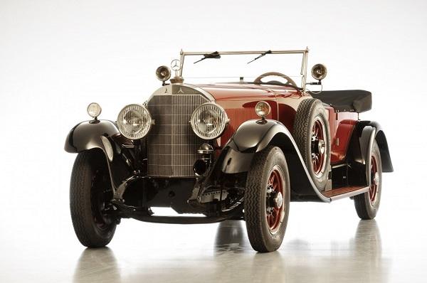 Mercedes punta sul business milionario delle auto d'epoca.