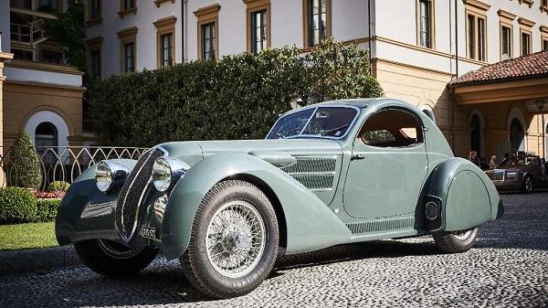 Concorso eleganza, vince Lancia Astura Serie II del '33.