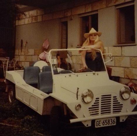 Venduta la Mini Moke che fu di Anita Ekberg.