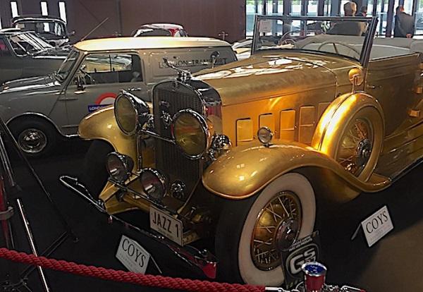 Ferrari, Porsche e una Cadillac d'oro all'asta di Coys al Salone dell'auto di Parigi