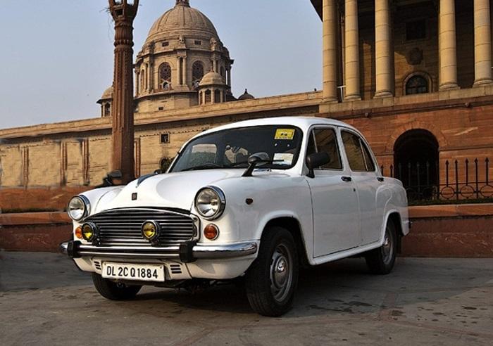 Peugeot acquista in India marchio icona dei taxi Ambassador
