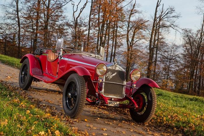 Libro Alfa Romeo dal 1910 ad oggi.