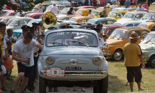 Garlenda si mobilita per sessantesimo compleanno Fiat 500.