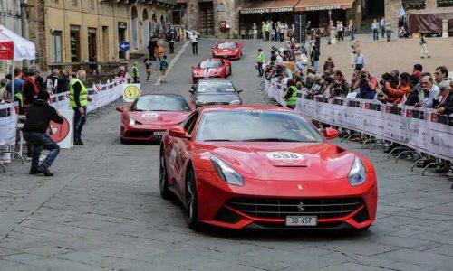 Ferrari Tribute to Mille Miglia al via oltre 100 bolidi di Maranello.