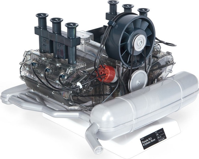 Modellino motore Porsche 911.