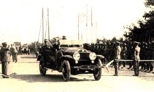 21 settembre 1924 apre MilanoLaghi, prima autostrada al mondo.