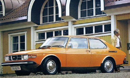 Compie mezzo secolo la 'rivoluzionaria' berlina Saab 99.