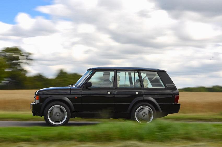 Rinasce la Range Rover in versione classica.