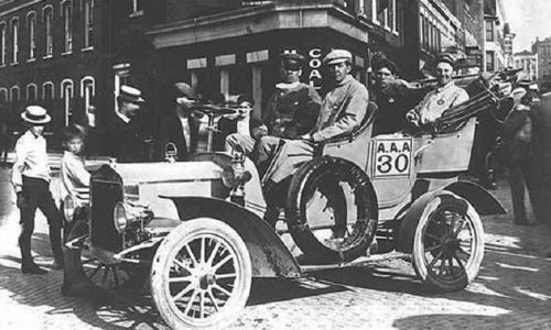 Cento anni fa nasceva il colosso dei motori, Gm e Chevrolet