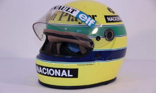 All'asta casco Ayrton Senna con cui sfidò esordiente Schumi.
