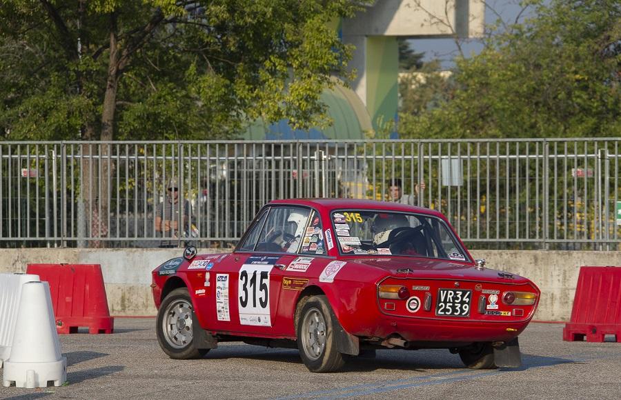 La Lancia Fulvia di Andrea Giacoppo e Daniela Grillone Tecioiu sbanca il Due Valli Classic.