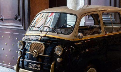 La Fiat 600 Multipla diventa elettrica.