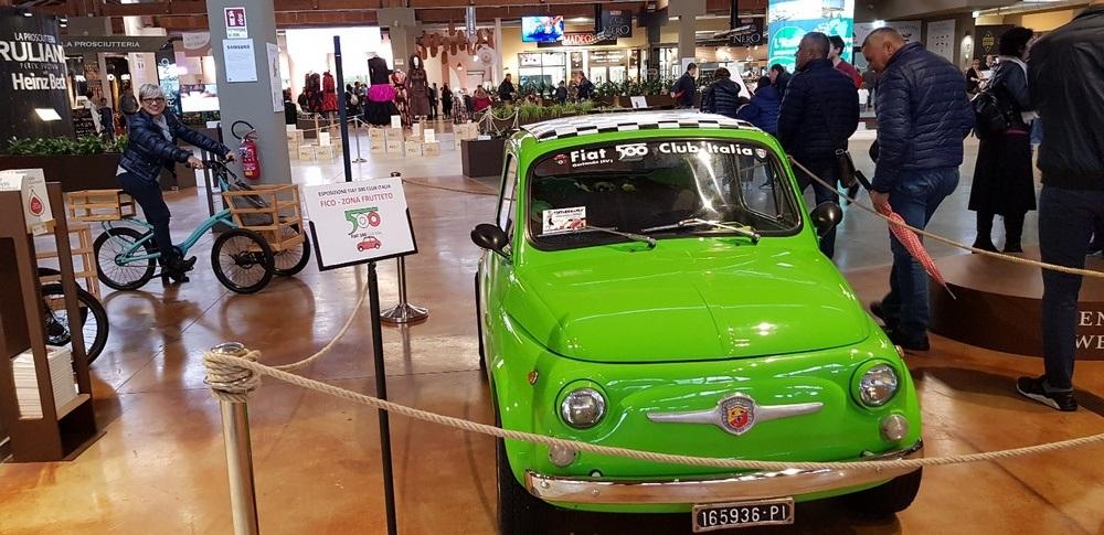 Il Fiat 500 Club Italia al Vintagemania di Bologna.