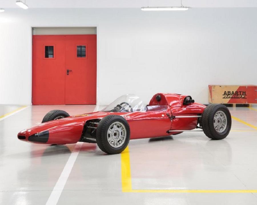 FCA Heritage ritorna al Salon Rétromobile 2019.