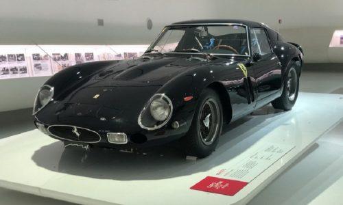 """Al Museo Enzo Ferrari per """"Comunicare l'Automobile Oggi""""."""