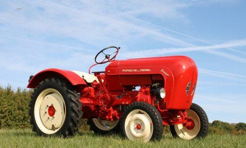 Codice strada: d'epoca e d'interesse storico anche i trattori