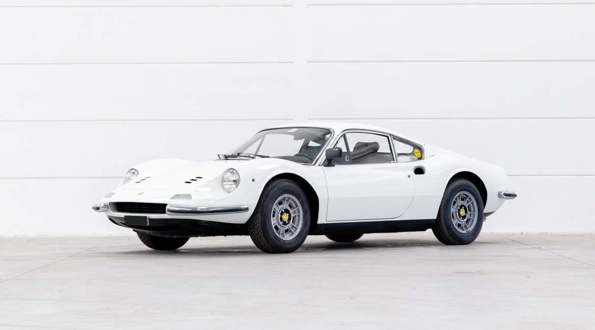 Una Dino Ferrari 246 GT è il top lot all'asta di Bolaffi.