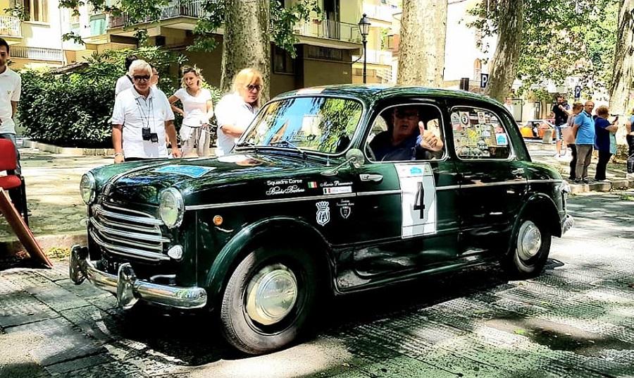 Mario Passanante e Cesare Fiorio su Fiat 1100/103 vincono la Millecurve.