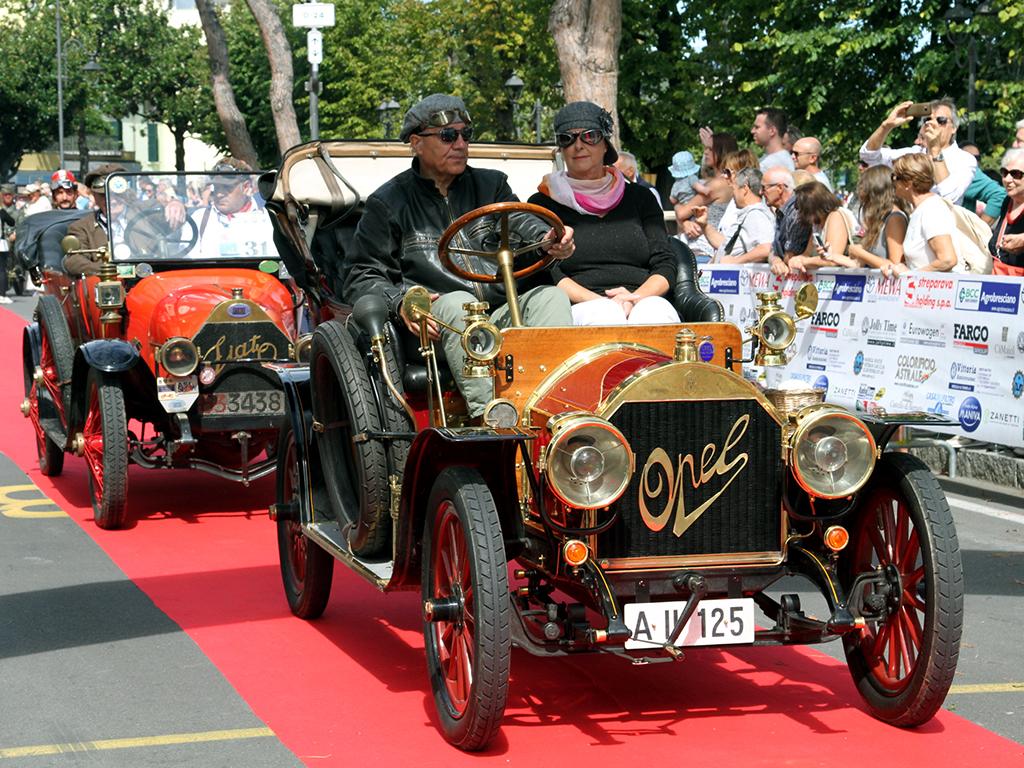 Alla Settimana Motoristica Bresciana le centenarie ricorderanno il primo Motor show Italiano.