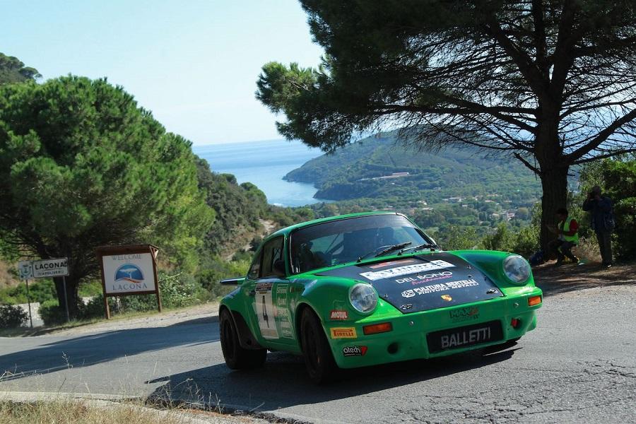 Salvini, su Porsche 911, firma il XXXI Rallye Elba Storico-Trofeo Locman Italy.