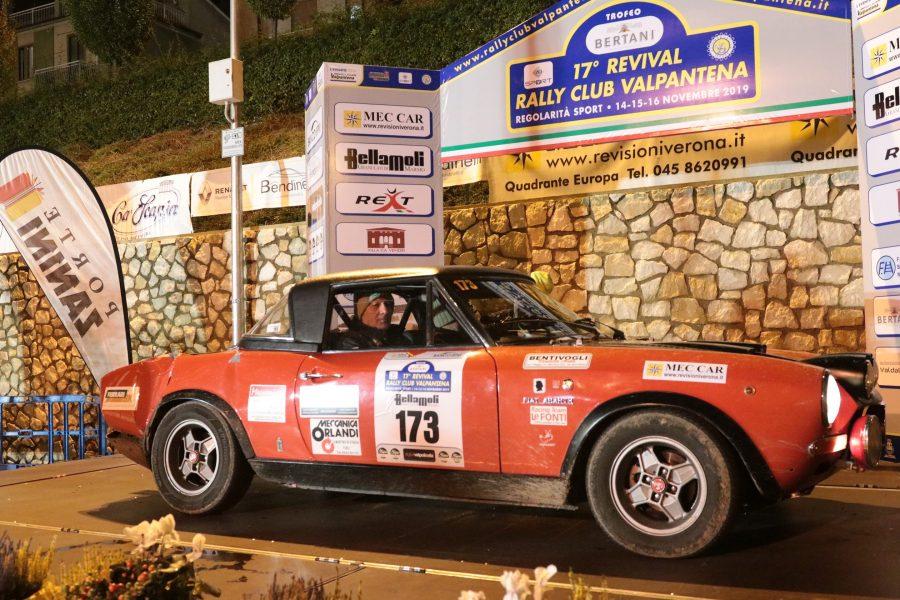Il 17° Revival Rally Club Valpantena arride a Bentivogli-Marani.