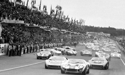Libro Ferrari contro Ford. La guerra dei quattro anni.