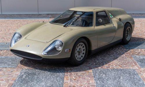 La concept car Alfa Romeo Scarabeo esposta allo Château de Compiègne.