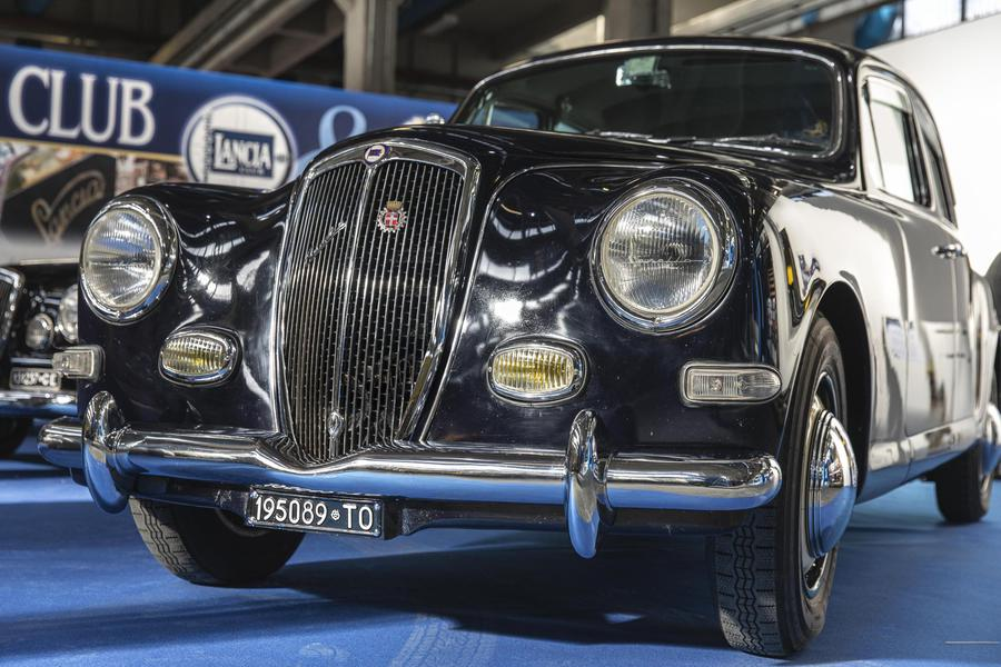 A Torino va in scena la festa dei motori: Automotoretrò e Automotoracing.