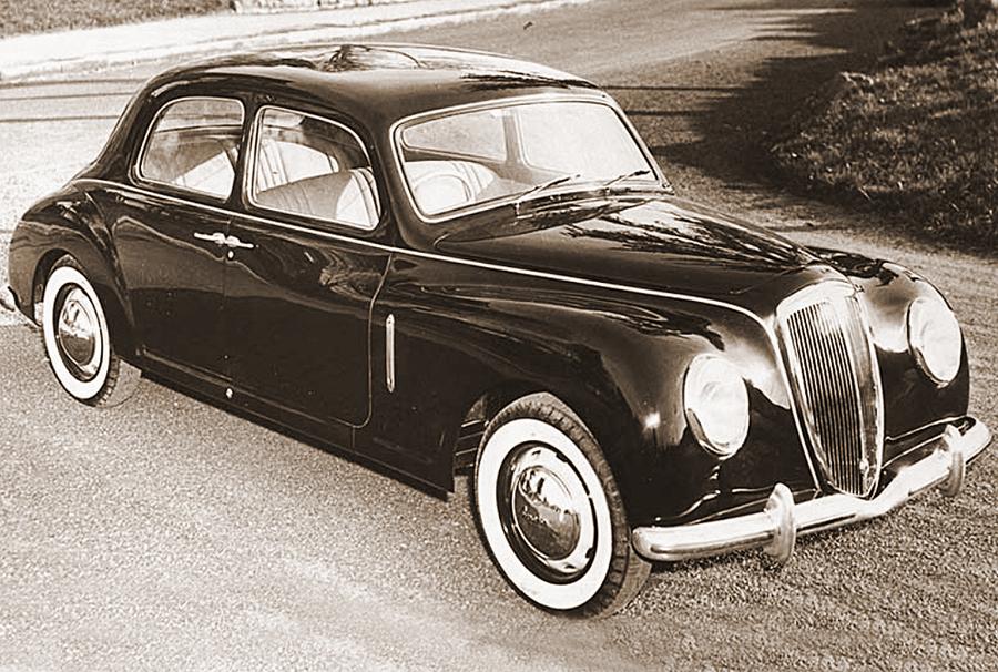 Lancia Aurelia, ha 70 anni la storia della gamma iconica.