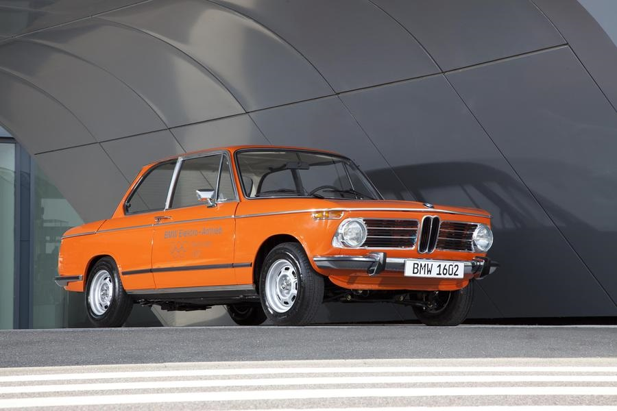 BMW, la lunga ricerca elettrica dalla 1602-E ad oggi