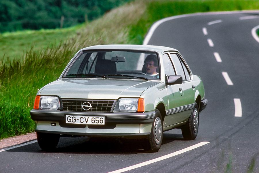 Opel Ascona, 35 anni fa il primo catalizzatore.