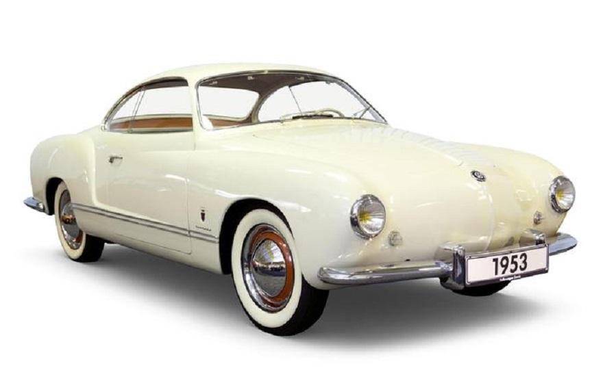 Volkswagen Karmann Ghia, 'arte automobilistica' del 1955.