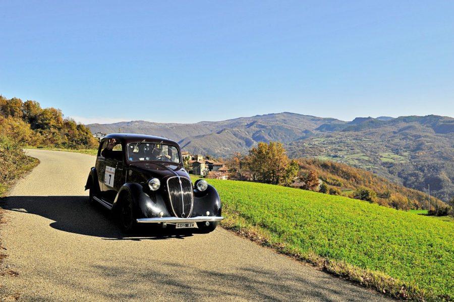 Il Circuito delle Valli Piacentine a Franco Spagnoli e Roberto Rossoni su Fiat 508 C.