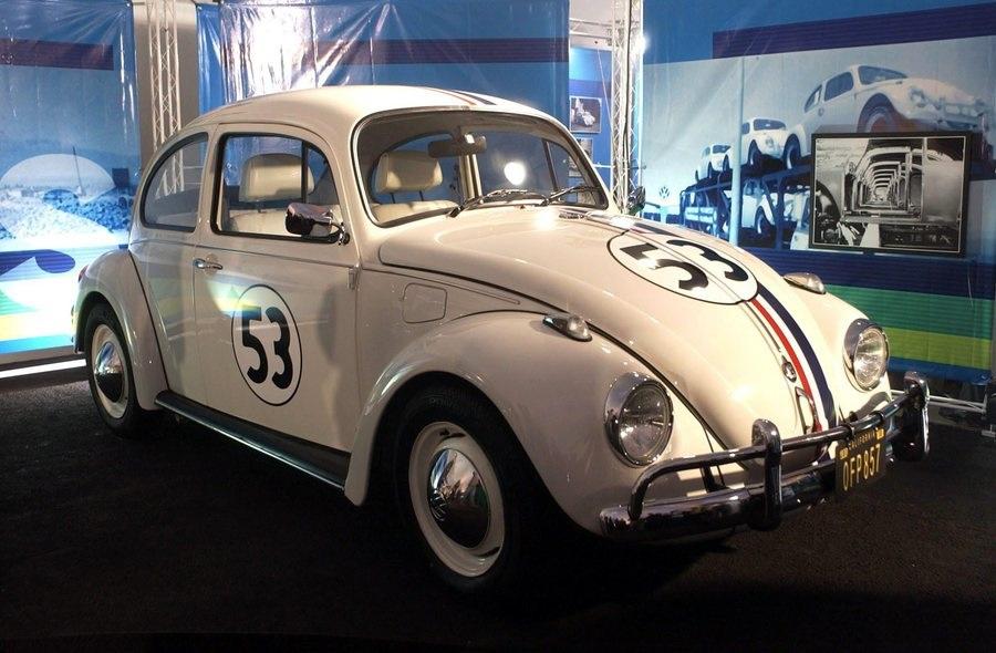 Vw, 75 anni fa iniziava la produzione di serie del Maggiolino.