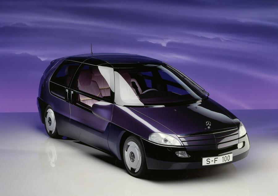 Mercedes-Benz F-100 il prototipo, che 30 anni fa, anticipava il futuro.