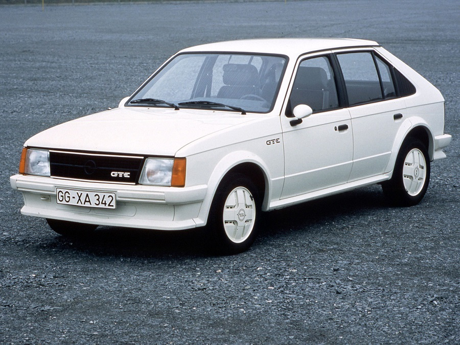 Da Kadett ad Astra, una storia di successo targata Opel.
