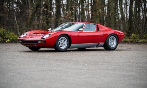 Per Lamborghini prezzi record asta, anche auto Rod Stewart.