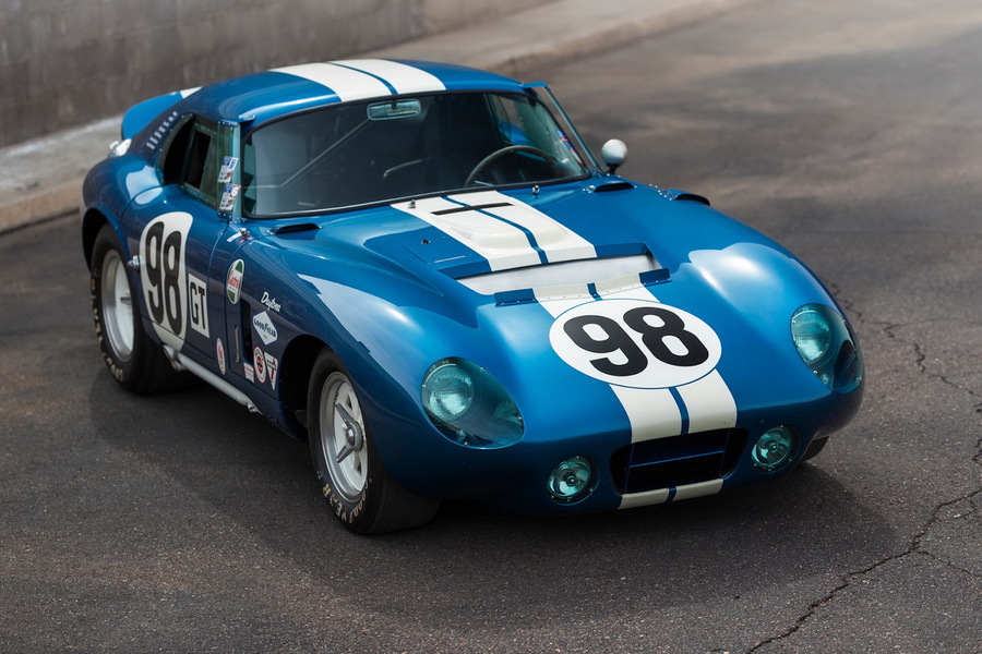 All'asta un esemplare di Cobra Daytona Coupé del 1965.