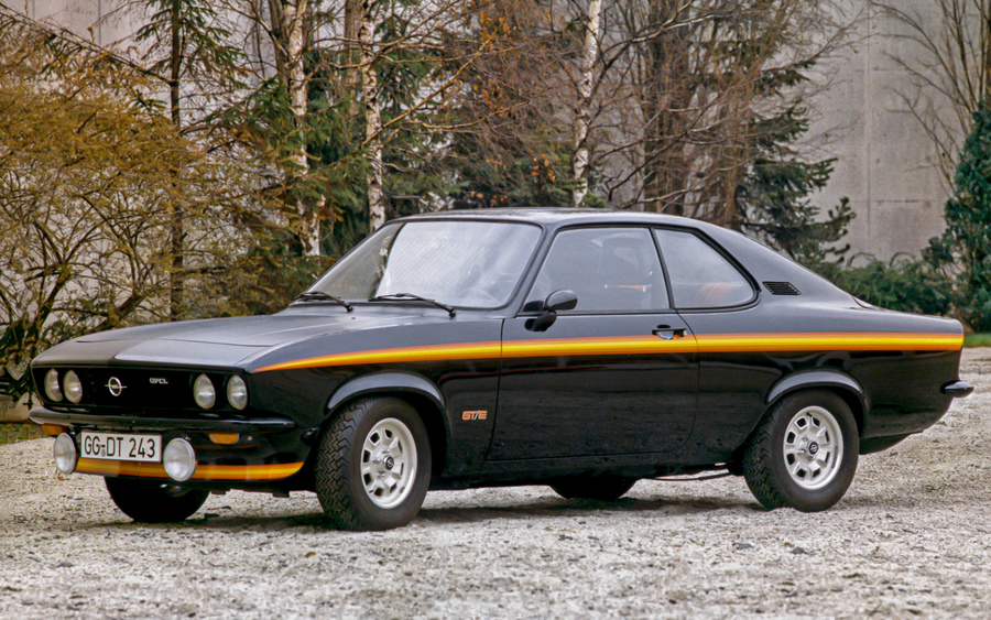 Opel Manta, operazione 'ritorno al futuro' tutta elettrica.