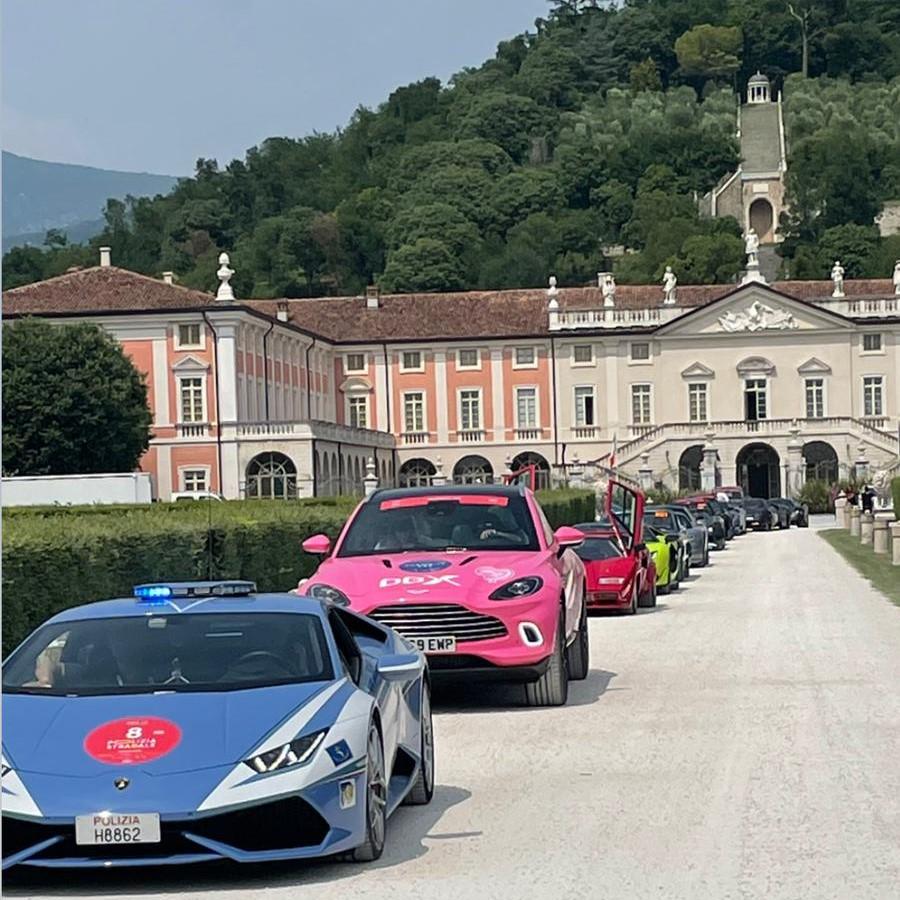 1000 Miglia, la Pink Car sostiene la Fondazione IEO-Monzino.