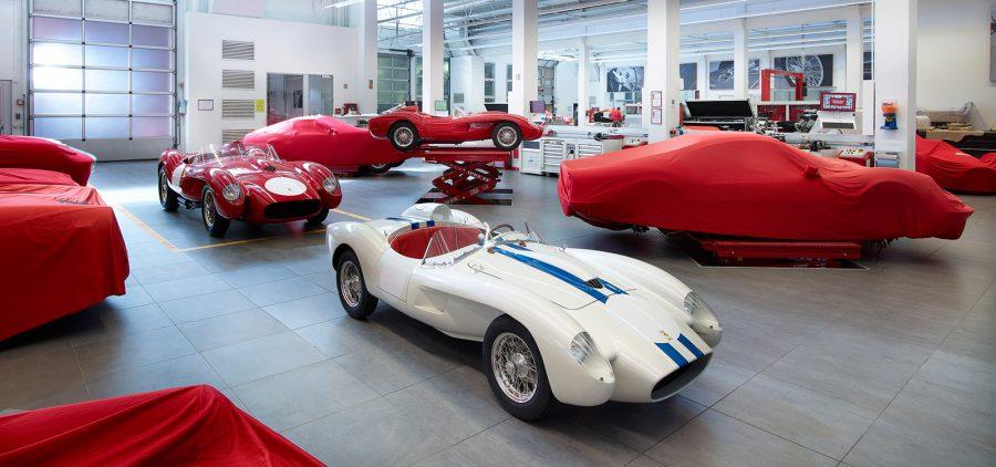 Ferrari Testa Rossa J, versione in scala dedicata ai giovani.