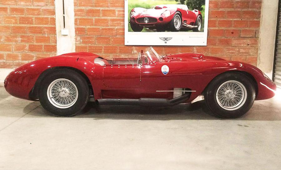 Maserati 450S 1957, replica costruita partendo da un volante.