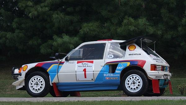 205 Turbo 16: il mostro da Rally della Peugeot!