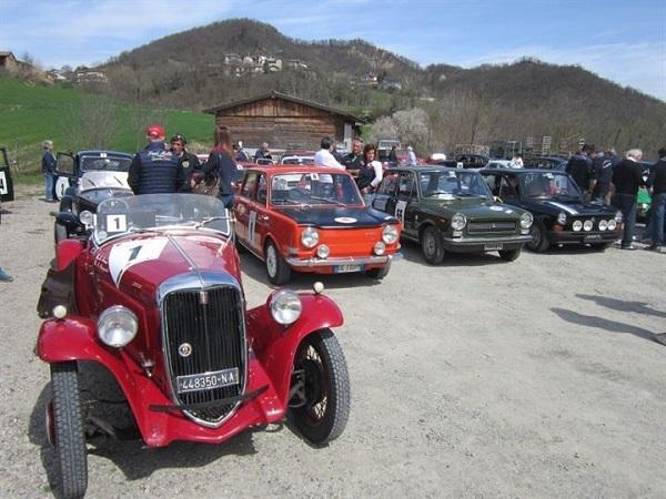 Coppa Castelli Pavesi: vincono Spagnoli-Parisi su Fiat 508 Sport.